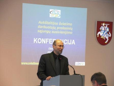 G. Steponavičius: LŠMPSF diktuoja madas atstovaujant mokytojų interesams
