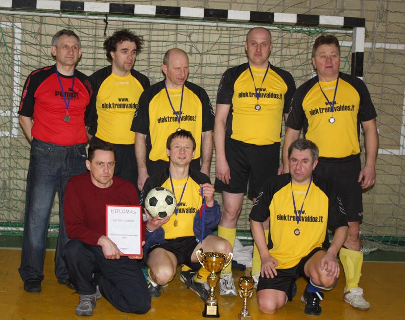 Futbolas mėgiamas ir veteranų