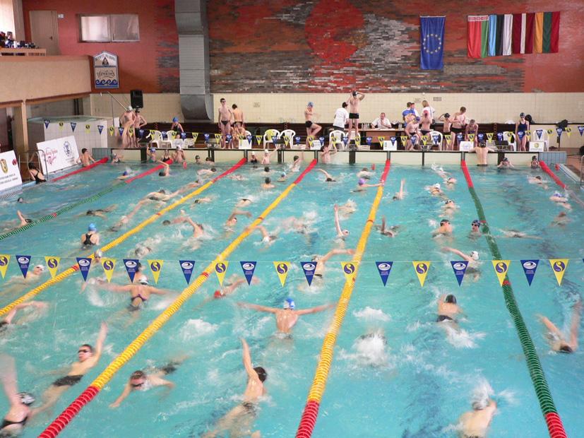 Jaunučių žaidynių plaukimo varžybose