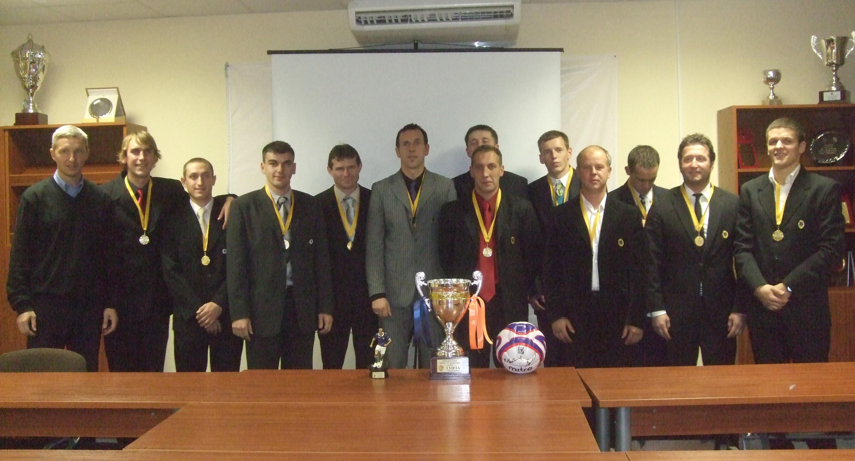 Vievio žiedo futbolininkai – KAAF mėgėjų lygos nugalėtojai
