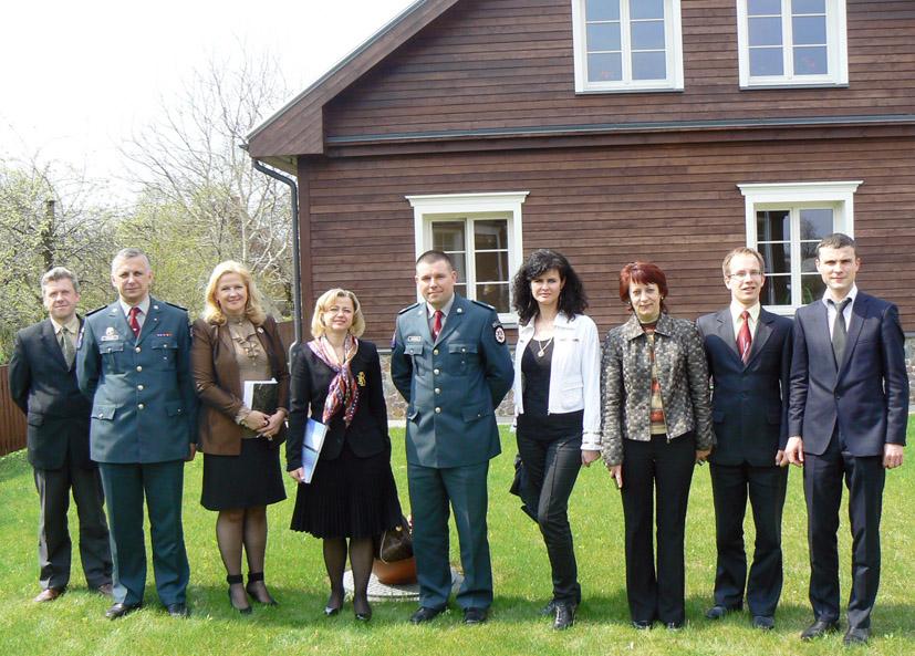 Trakų rajono apylinkės teisme lankėsi EŽTT teisėja dr. Danutė Jočienė