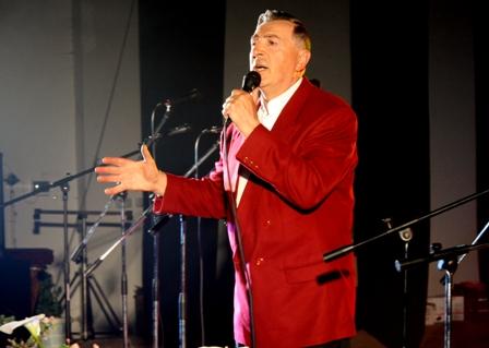 Aleksas Lemanas: dainininkas atiduodamas turtėja