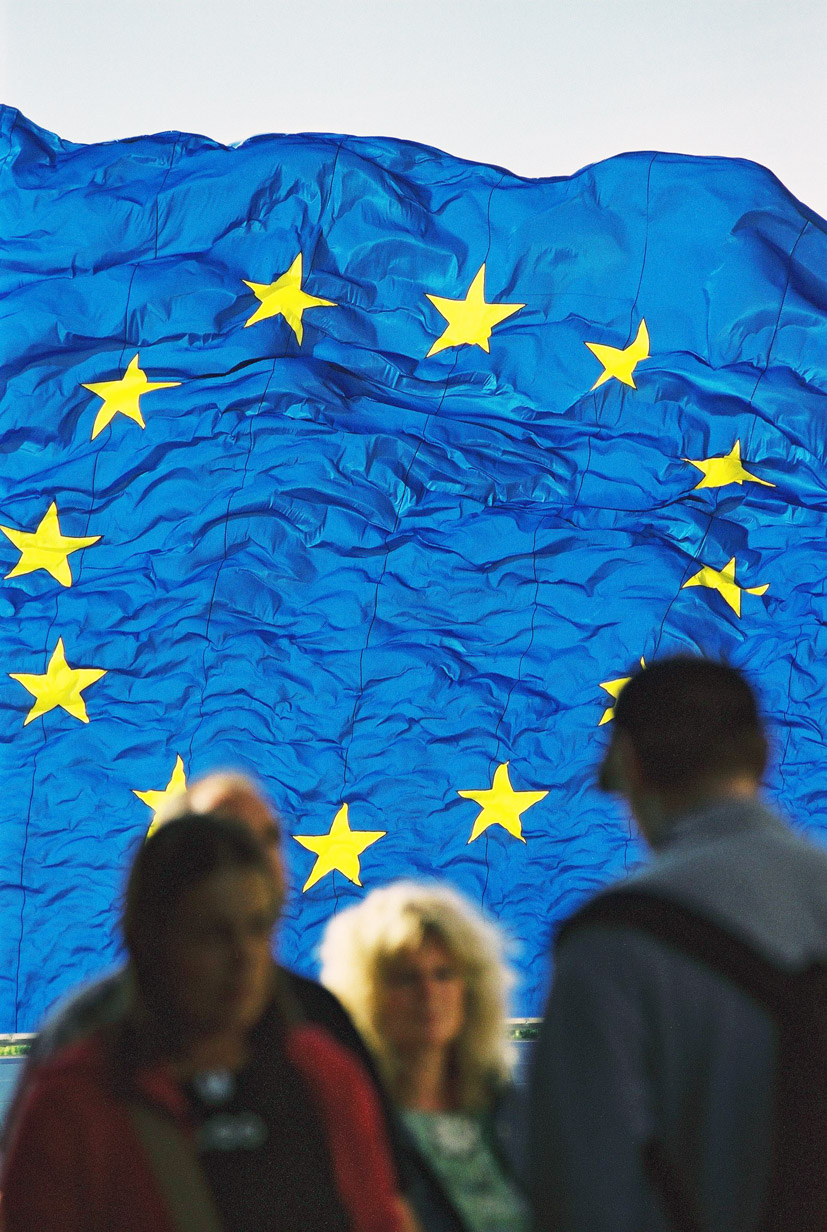 Opa opa, per Europą