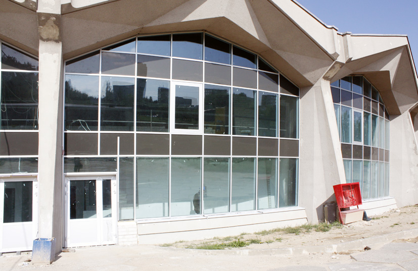 Atgimsta Elektrėnų simbolis: Ledo rūmų rekonstrukcija