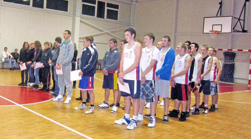 """""""Naktinis krepšinis-2011"""" Beižionyse"""