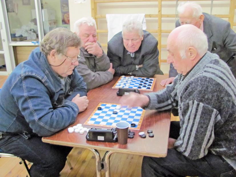 Šaškių turnyras – su Kalėdų nuotaika