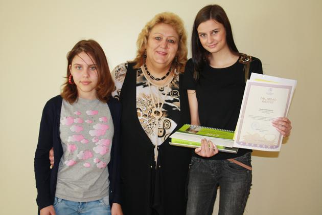 """Respublikinio literatūrinio konkurso nugalėtoja – """"Versmės"""" gimnazijos mokinė"""