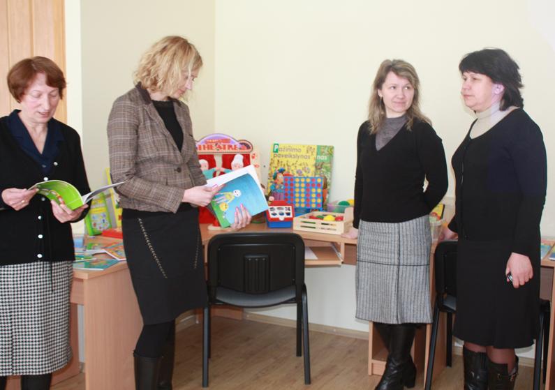 Tarnyba, tarnaujanti vaikams, tėvams ir pedagogams