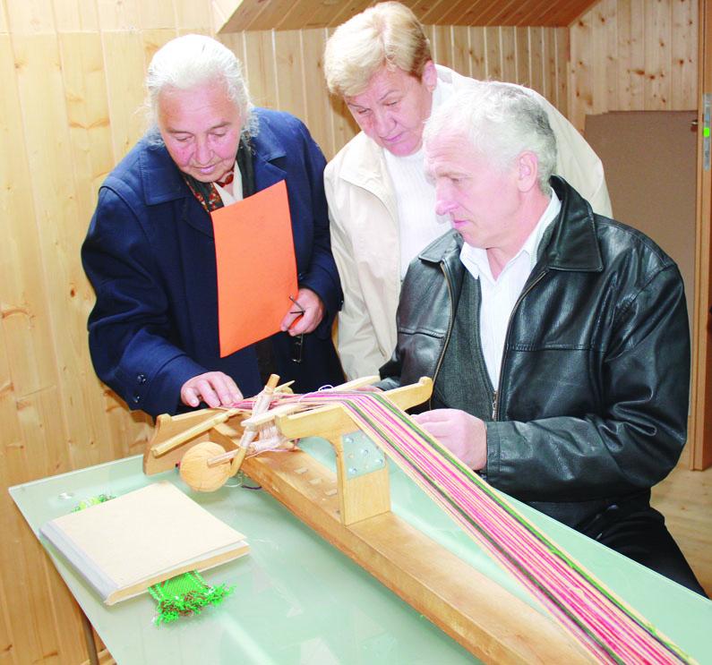 Žebertoniškių gyvenimas verda bendruomenės namuose
