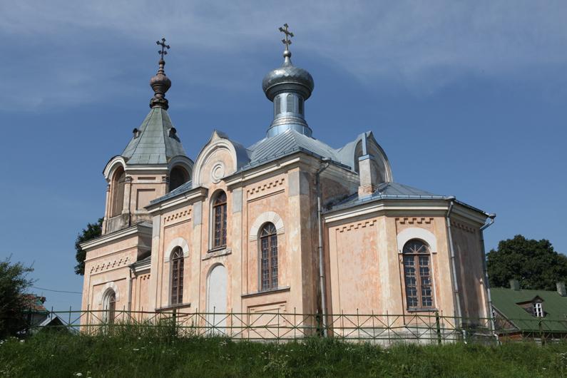 Šv. Nikolajaus Stebukladario cerkvė Semeliškėse