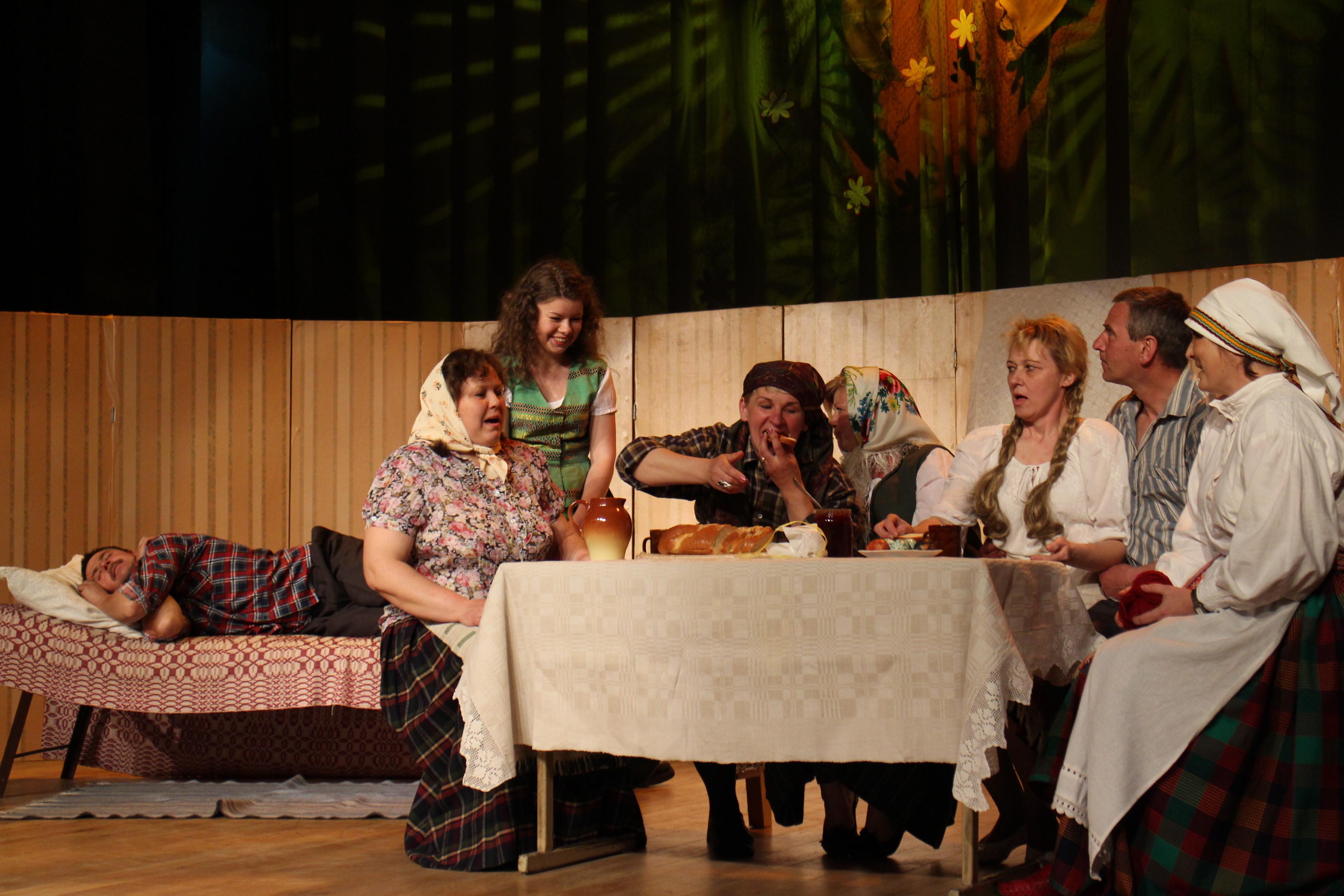 Vėjo įpūstas teatro festivalis Elektrėnuose