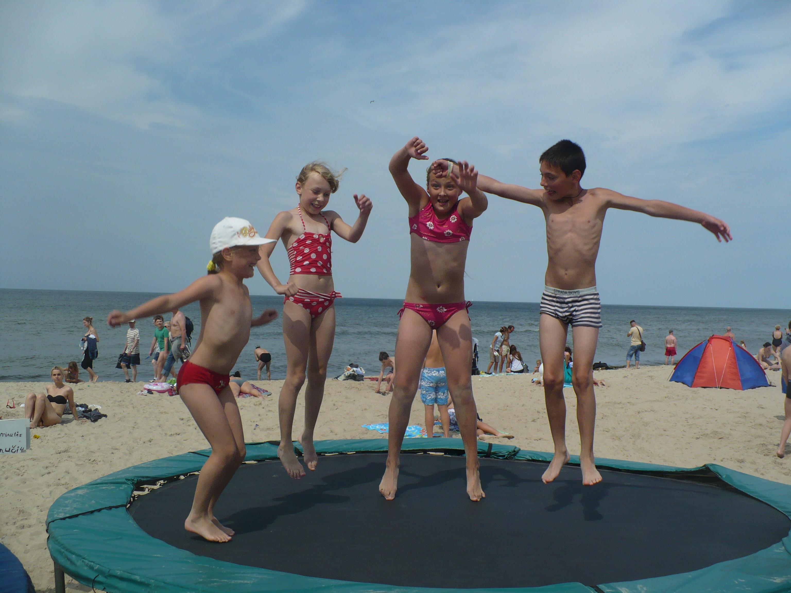 Vasaros stovykla prie jūros