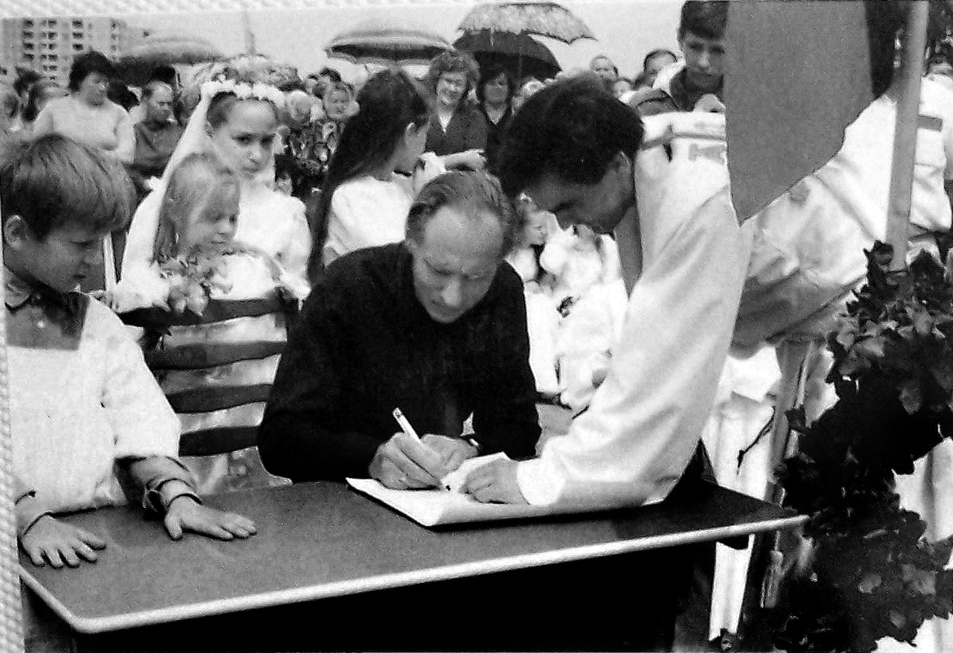 1990-ųjų birželio 30-oji.  Bažnyčios ir žmogaus istorijos fragmentai (tęsinys)
