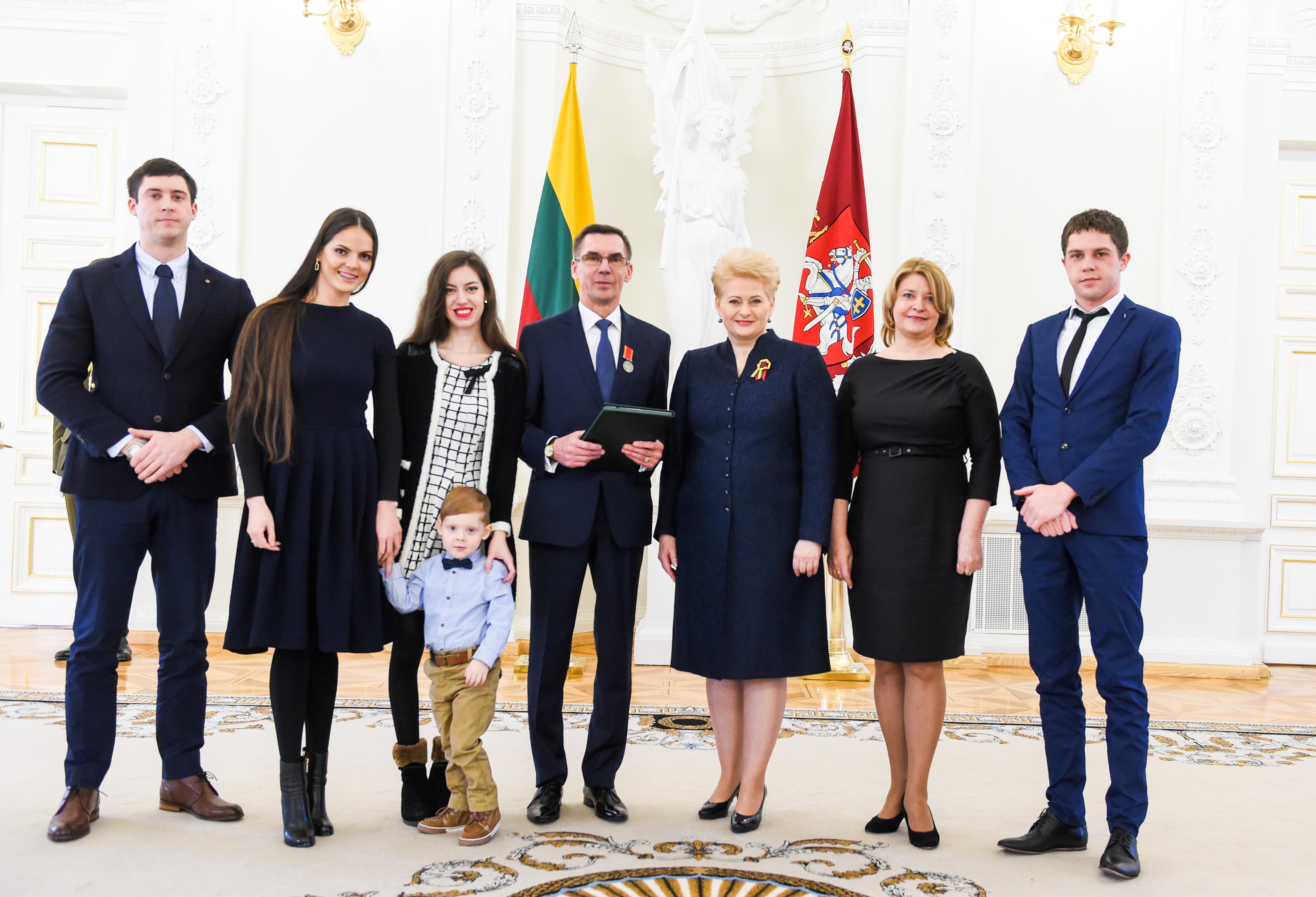 Vladislovas Molis: gyvenimas per brangus, kad jį reikėtų palikti kelyje