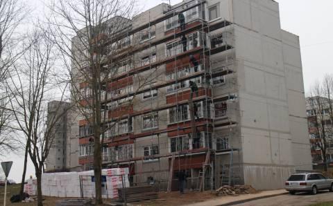 Statybininkus vilioja renovacija Elektrėnuose