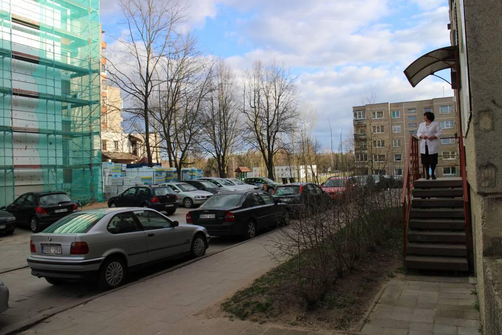 Ar įmanoma renovacija, kai kaimynas: savivaldybė arba parduotuvė?