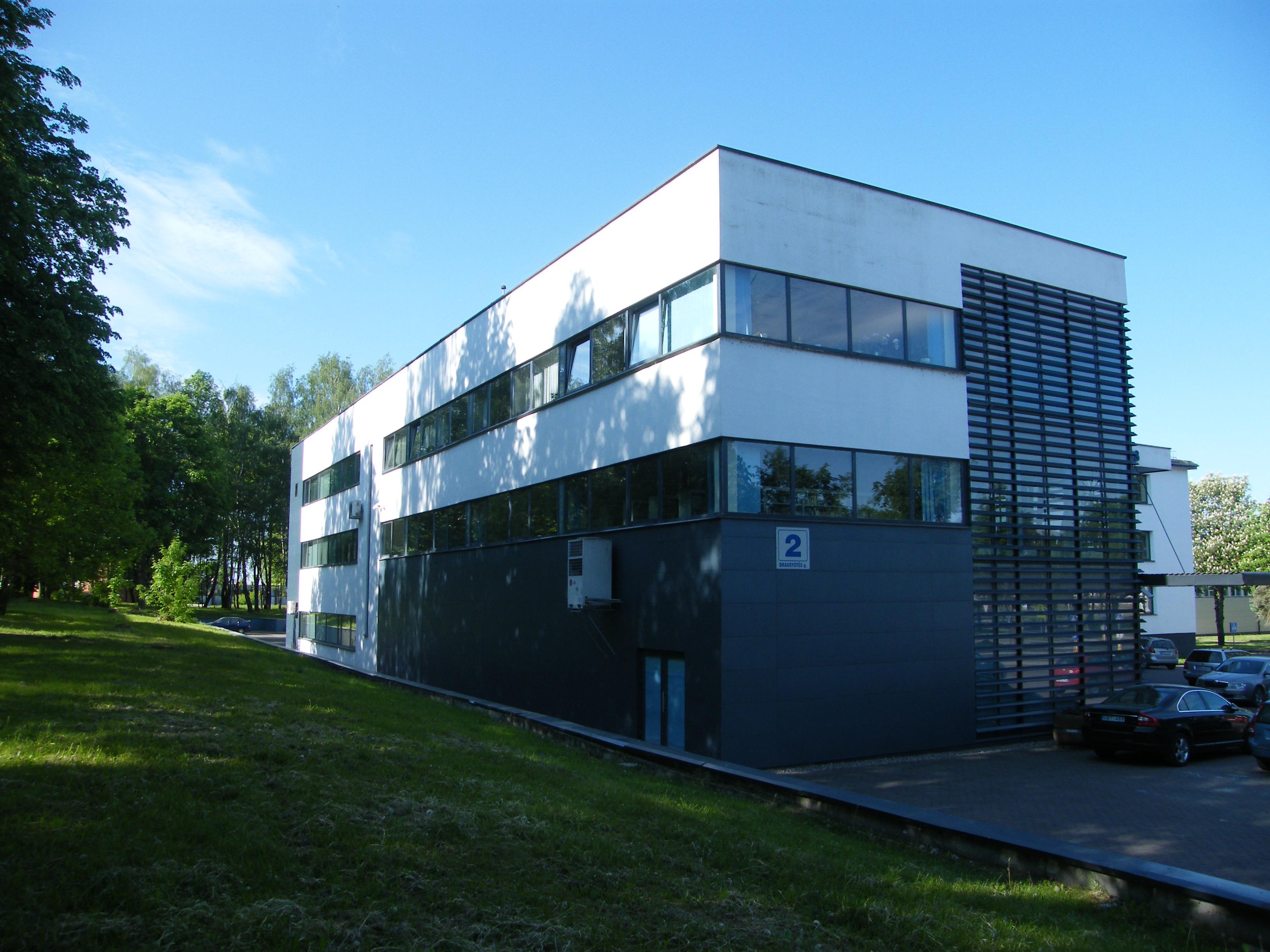 Elektrėnų savivaldybės viešoji biblioteka. Pradžia.