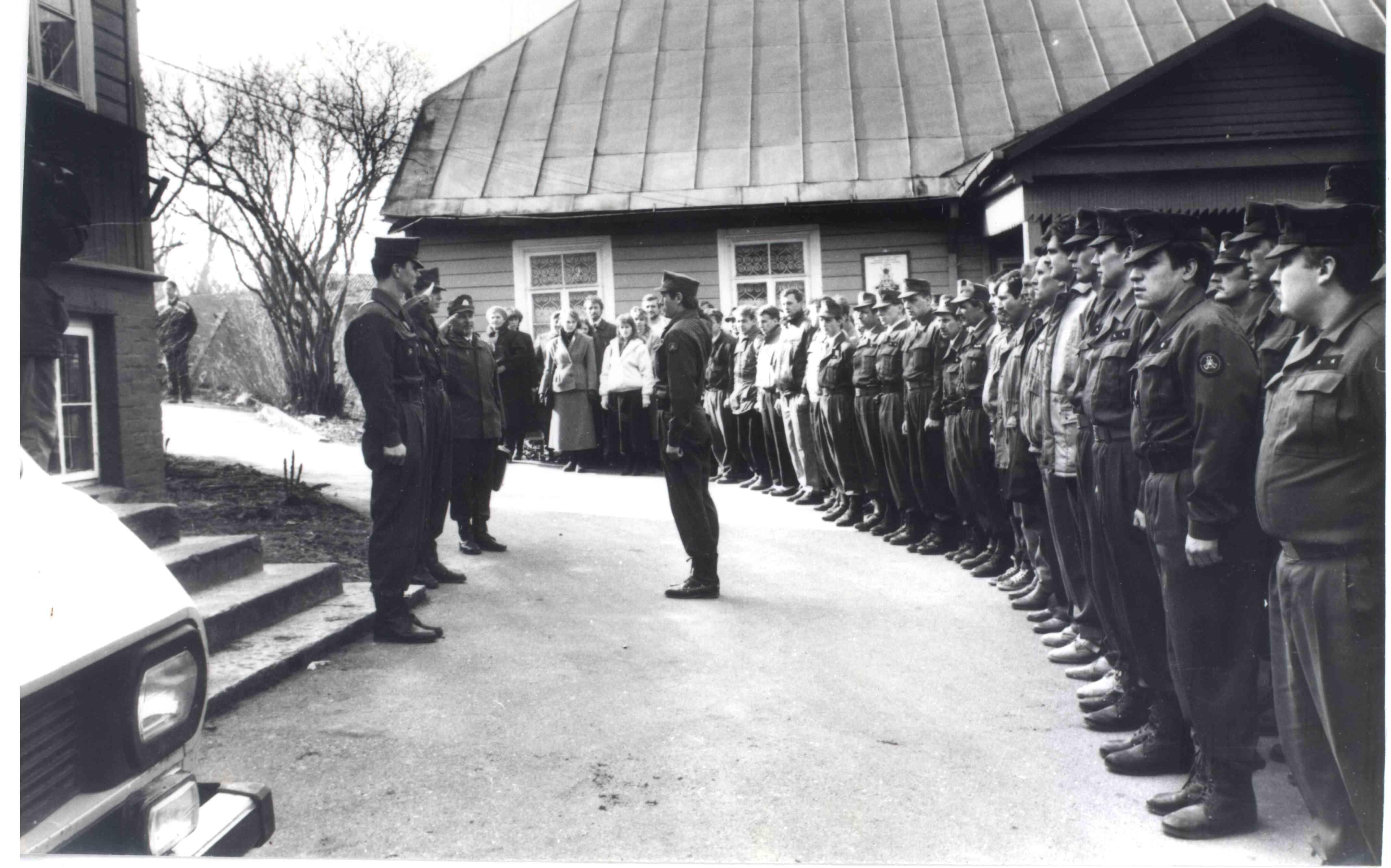 Elektrėniškių darbai nepriklausomos Lietuvos gynybai