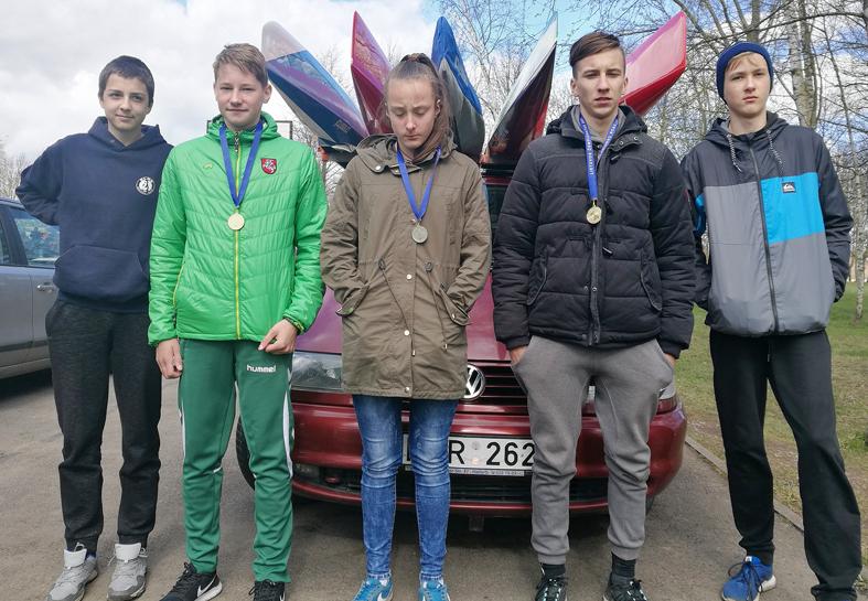 Sezonas pradėtas aukso medaliais