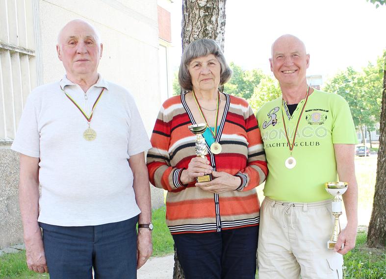 Keturi medaliai