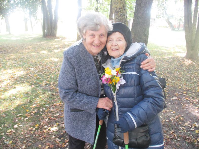 Nijolės Jovienės gyvenimas:  gimė ir gyvena laisvoje Lietuvoje