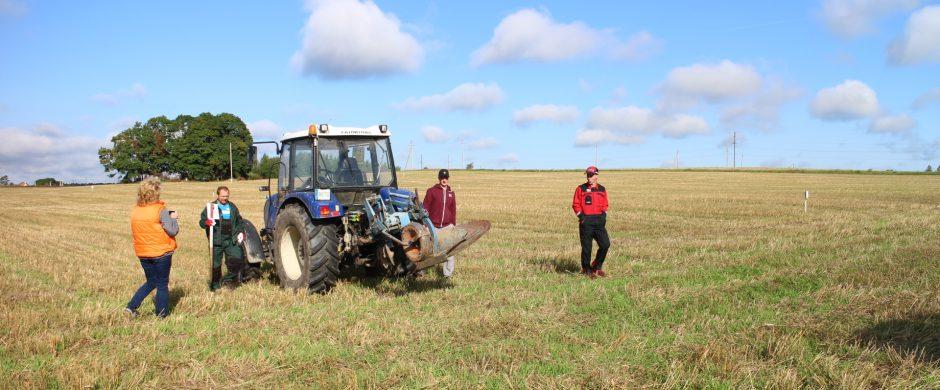 Ūkininkai kviečiami sudaryti žemės valdymo sutartis