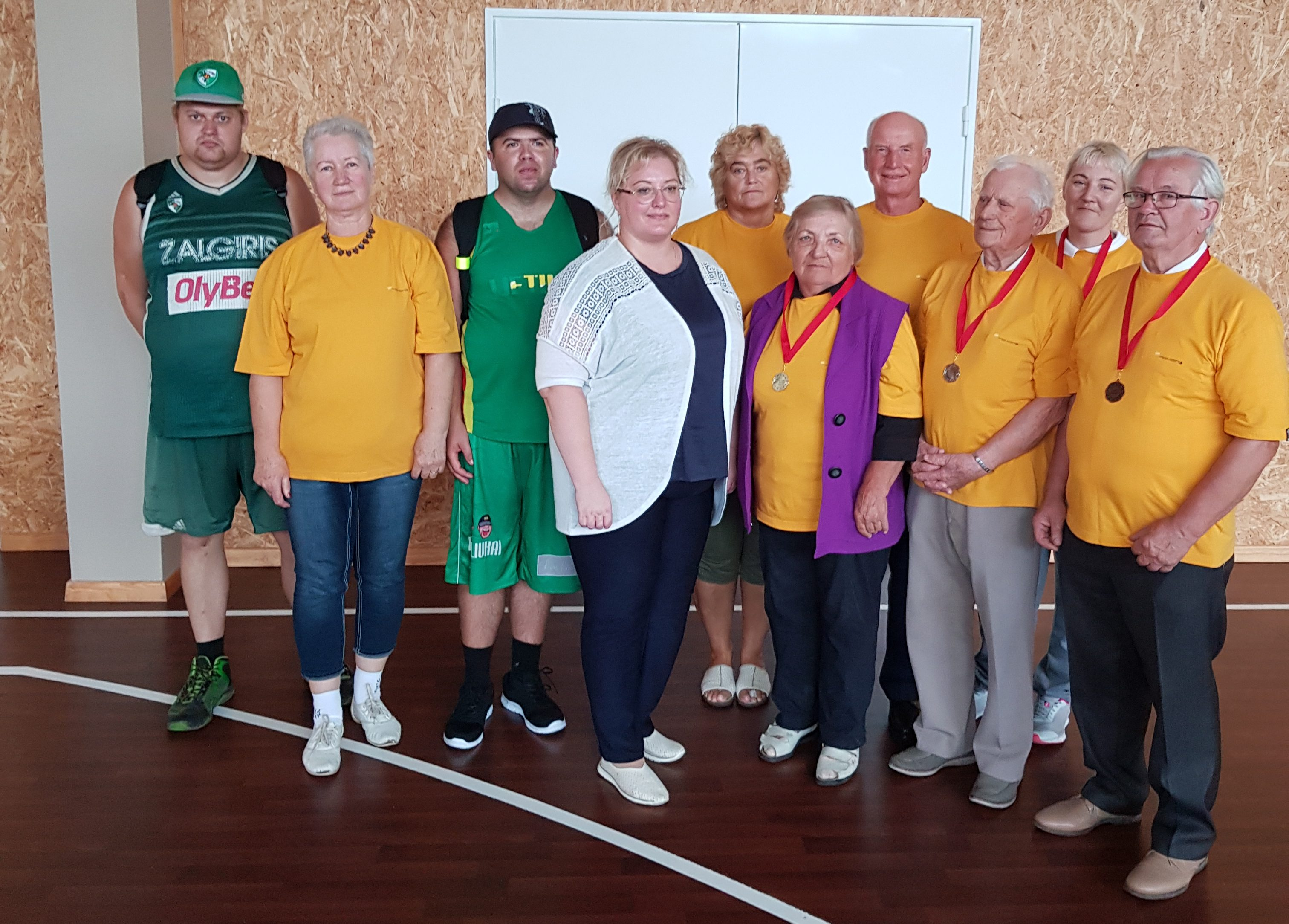 Nuotaikinga Elektrėnų neįgaliųjų draugijos sportininkų viešnagė Jonavoje