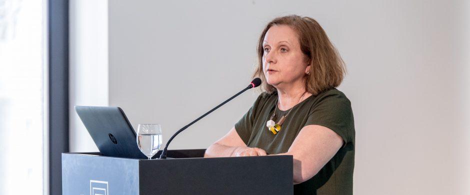 """Psichologė Erna Petkutė: """"Sužaloti visam gyvenimui galima ir nepakėlus rankos"""""""