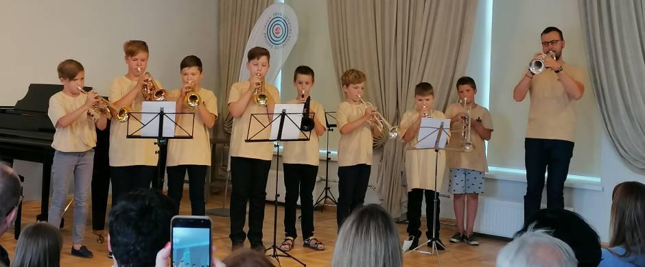 """Elektrėnų meno mokyklos mokiniai dalyvavo festivalyje   """"Trakų fanfarinė savaitė"""""""