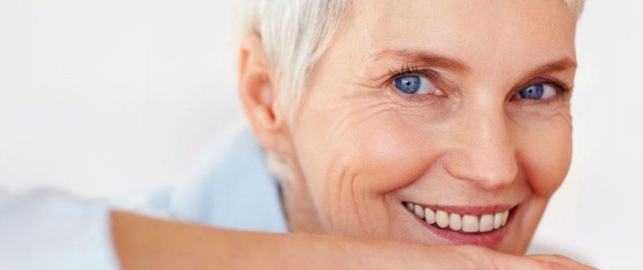 Kokybiškas gyvenimas nešiojant dantų protezus