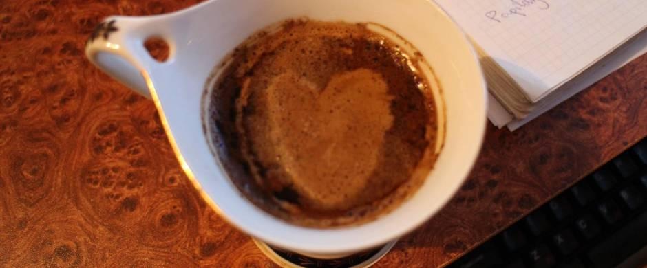 Vaistininkai apie kavą: ją gerti sveika, tačiau ne daugiau nei tris puodelius per dieną