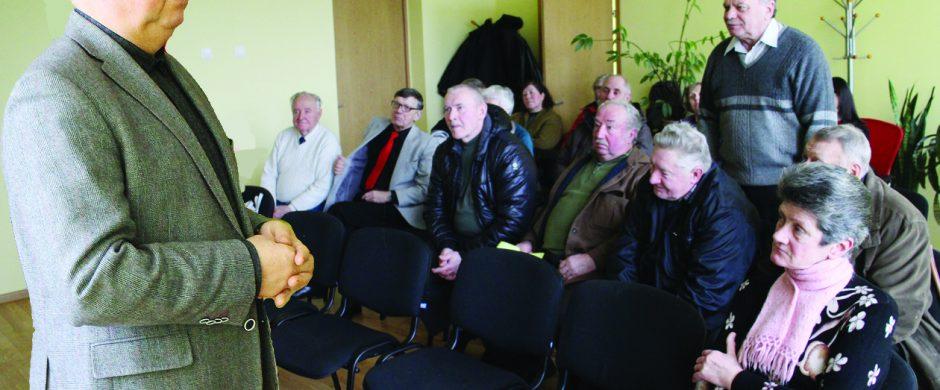 Seimo nario Jono Liesio mintys susitikime su gyventojais: jei visus nubausime, nebebus kam dirbti