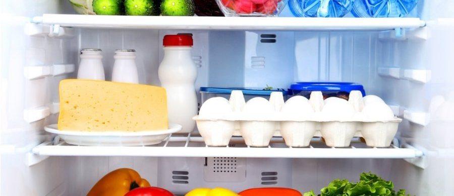 Ar žinojote: šaldytuve ne vieta ne tik pomidorams, bet ir agurkams!