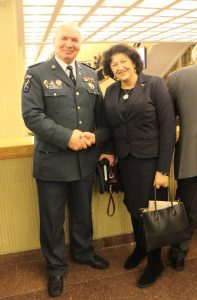 Sausio 13-osios dienos minėjime Seime susitiko laisvės gynėjas G. Vilkelis ir Seimo narė  Laimutė Matkevičienė