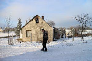 Artimiausias mirusiojo kaimynas Stanislovas Janušauskas mėgino gaivinti kaimyną, bet šis buvo jau sustingęs
