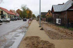 Vilniaus gatvėje pernai pakeistos šaligatvių trinkelės