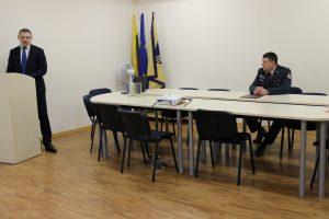 Kalba prokuroras D. Maleckas, sėdi Elektrėnų PK viršininkas A. Grudinskij