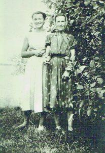 Su mama Stefanija Juchnievič Orševska 1959 metais
