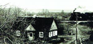 Prano ir Jadvygos Vėželių namas prie geležinkelio
