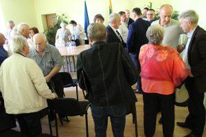 Pokalbyje apie Vievio problemas dalyvavo 28 Liberalų sąjūdžio Elektrėnų skyriaus nariai ir 10 vieviškių