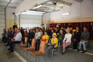 Profesinę šventę minintys ugniagesiai, jų giminaičiai ir svečiai
