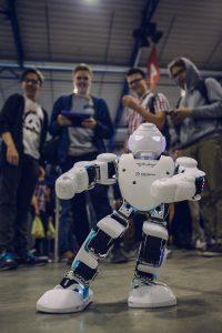 Renginyje jaunimas turi galimybę išbandyti naujausias technologijas