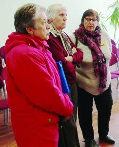 Aktyviosios Vievio bendruomenės narės, paspartinusios pinigų skyrimą Vievio kultūros namų statybai. Iš kairės: Marijona Malūnavičienė, Audronė Davidavičienė ir Dalia Charūnienė