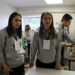 Jaunimo centro nariai svečiams patys gamino gaivius gėrimus ir kavą