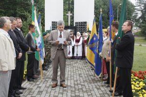V. Valiušis kalba iškilmėse prie paminklo žuvusiems partizanams Elektrėnų žemėse