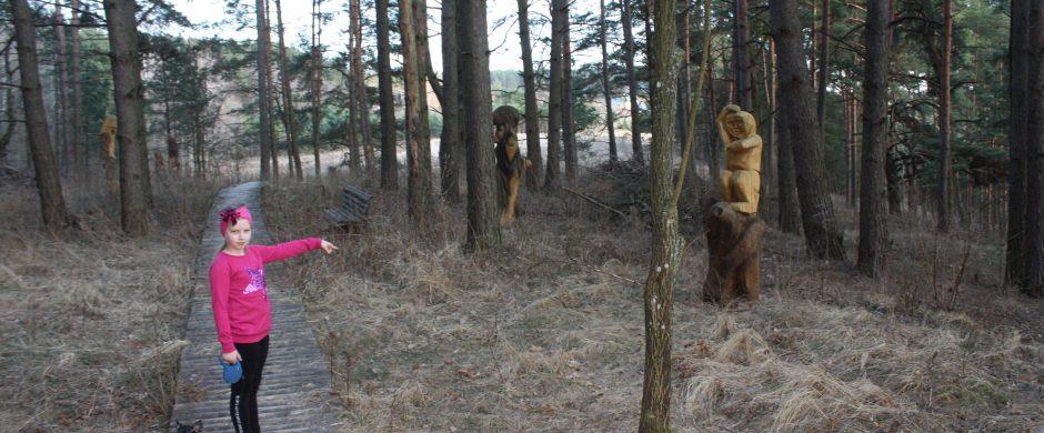 Sutvarkė skulptūrų parką