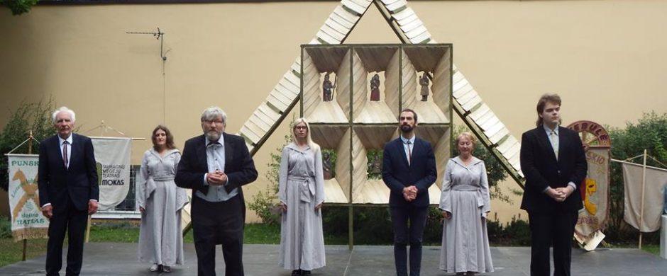 """""""Vievio teatras"""" šimtmečio Dainų šventėje"""