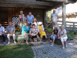 Tradicinių amatų centre ir bendruomenės namuose Mindūnuose