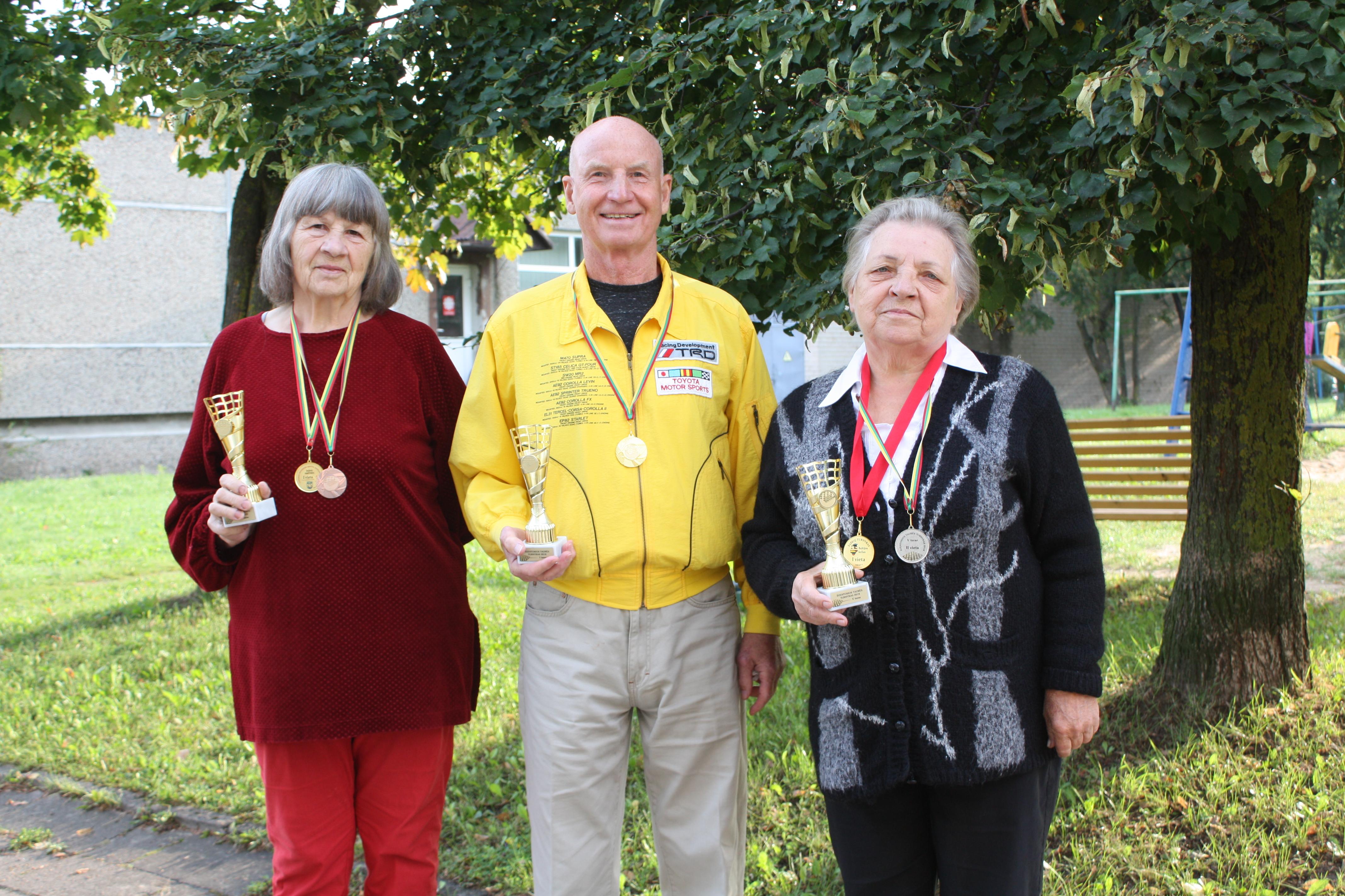 Medalių lietus