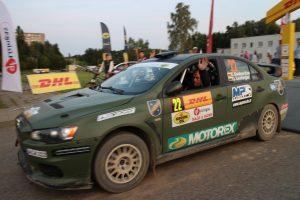 Pernai elektrėniškių ekipažas - Eugenijus Sladkevičius ir Gediminas Saudargas - Lietuvos automobilių ralio čempionato varžybose užėmė 10 vietą